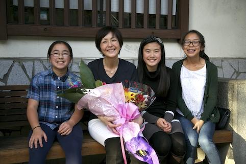 お花をくれた日系四世の女の子たち とってもキュート